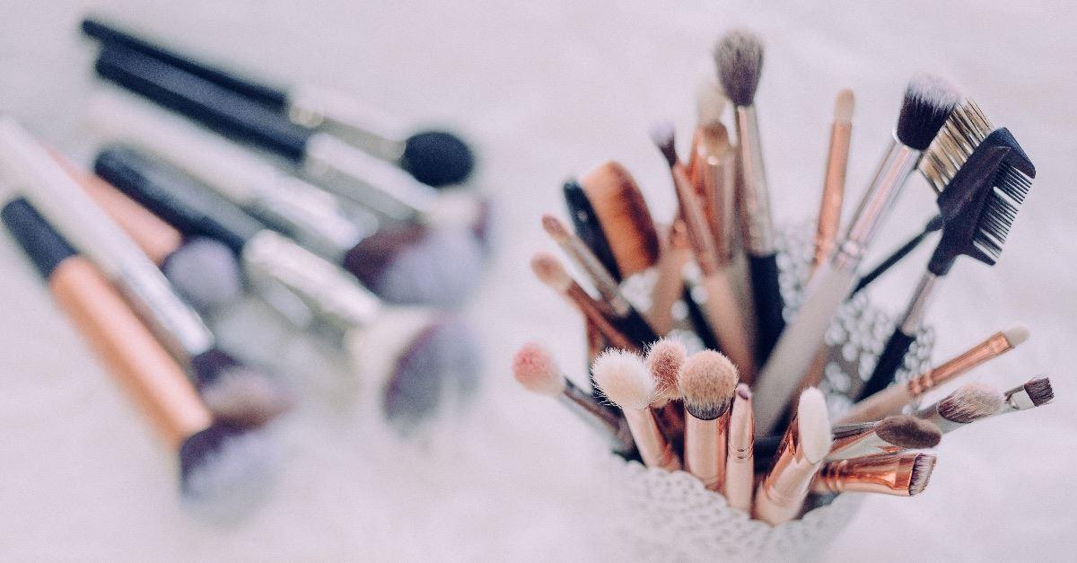 Teacher Defends Drag Queen Makeup Class: Parents 'Don't Know What's Best' for Their Children