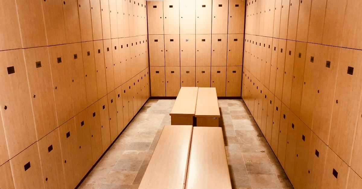 Chicago School District Gives Transgender Students Unrestricted Access to Locker Rooms