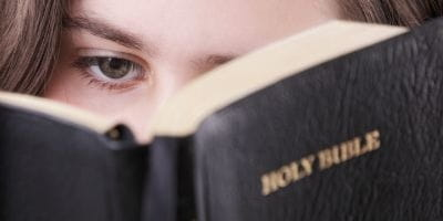 Young Adults Who Abandon Faith May Have 'Lukewarm' Upbringing