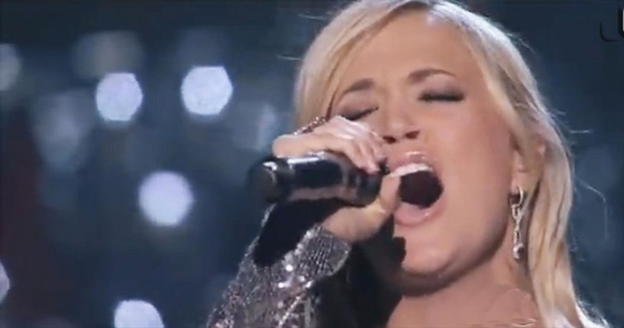 how great thou art'carrie underwood incredible performance! with