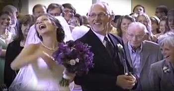 The Bride Was Ready to Say I Do But the Funniest Thing Kept Her from Her Groom!