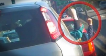 People Stuck in a Traffic Jam Find the Funniest Way to Pass the Time