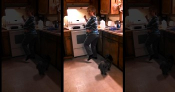Hilarious Grandma Cooks Up a Funny Dance