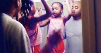 This Sneaky Mom Caught 1 Precious Daddy-Daughter Moment. And Now I'm Grooving Too!