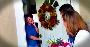When The Doorbell Rang, This Mom Put Her Family's Call On Hold. Just Wait For What's NEXT!