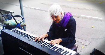 When They Saw This Old Woman Sit At The Piano No One Expected THIS. Hang On Tight!