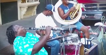 Street Performer Plays 'Just A Closer Walk With Thee' On The Clarinet