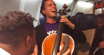 This Plane Just Got The Surprise Performance Of A LIFETIME. What A Musical Treat!