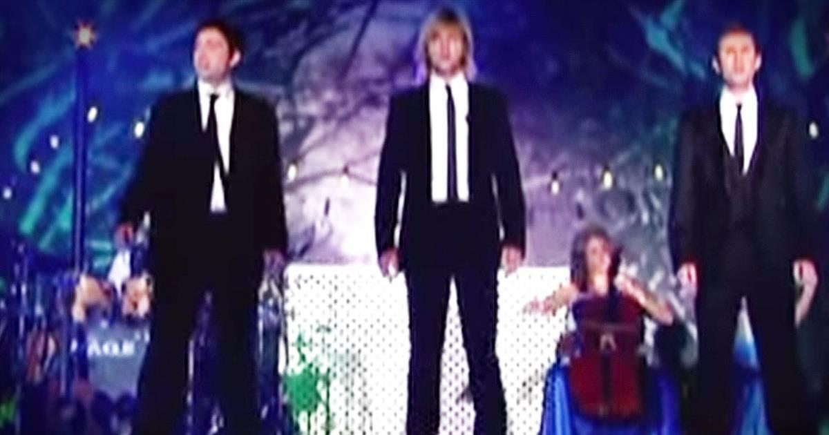 Celtic Thunder Christmas.Celtic Thunder Performs Christmas Hallelujah Christian