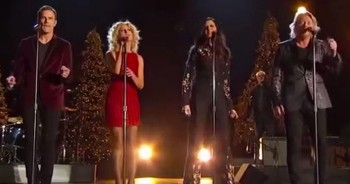 Country Group Little Big Town Give INCREDIBLE Performance Of 'I Pray On Christmas'