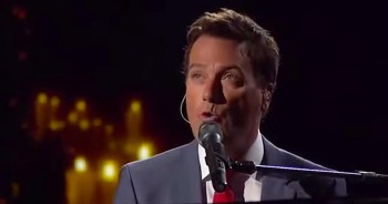 Michael W. Smith And Little Big Town Will Give You Goosebumps With 'Silent Night'