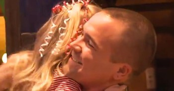 3-Year-Old And Her Soldier Daddy Are Reunited With Help From Santa