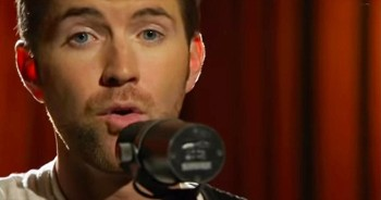 'Me And God' – Powerful Josh Turner Hit Will MOVE You