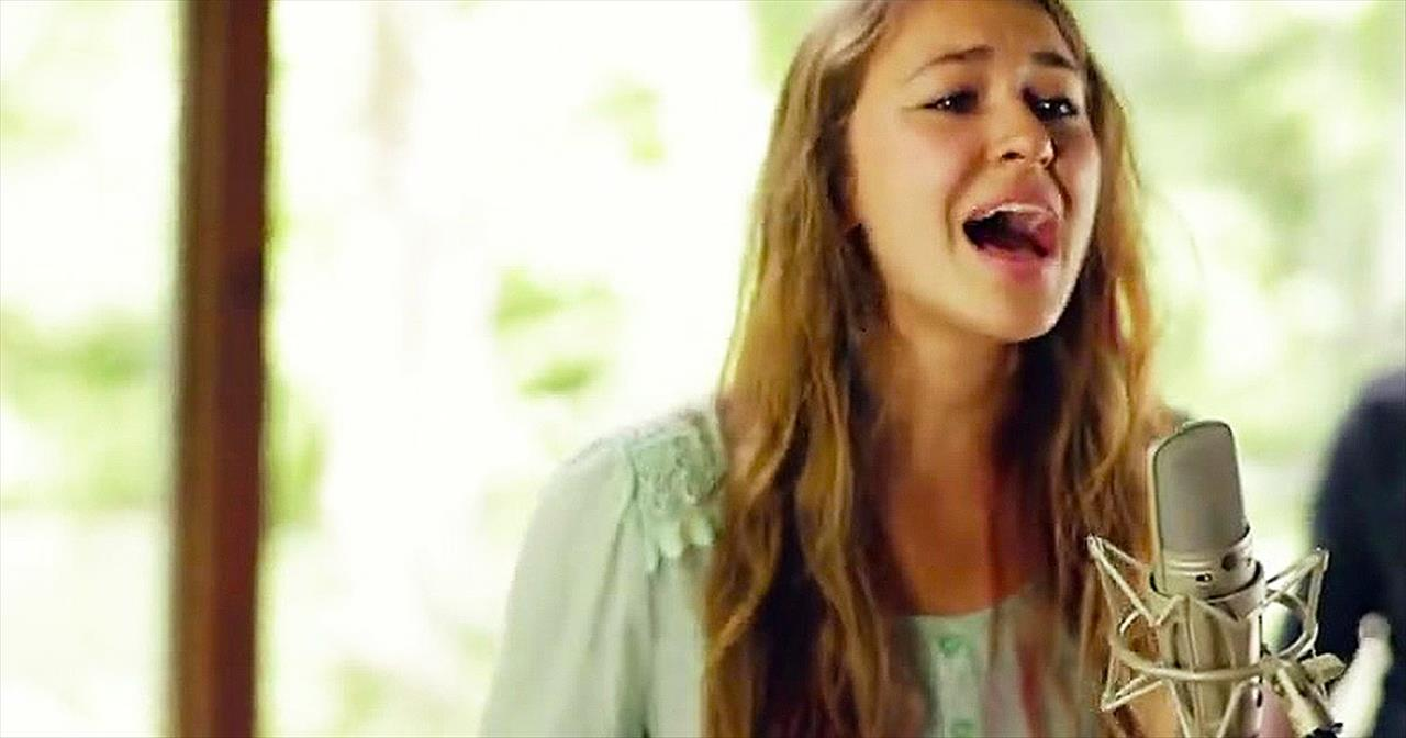 'Trust In You' – Beautiful Worship Song From Lauren Daigle - Christian  Music Videos