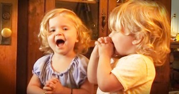 You'll Smile Big When These Precious Twins Recite 'The Lord's Prayer'