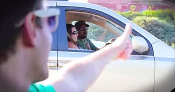Guy Spreads Joy With Highway Sing-A-Long During Traffic
