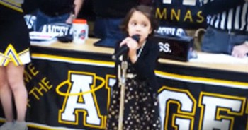 6-Year-Old Sings Amazing Rendition Of The National Anthem For Over 1000 People
