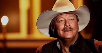 Beautiful Alan Jackson Performance Of 'Amazing Grace.' How SWEET The Sound!