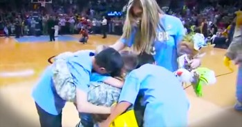 Incredible Military Reunion Will Have You Fighting Back Tears. WOW!