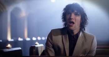 'Shoulders' – Anointed Voices Of For King And Country