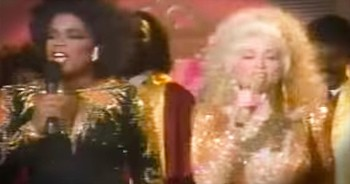 Dolly Parton And Oprah Winfrey Sing 'This Little Light Of Mine'