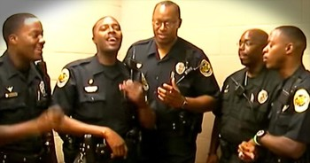 Police Officers Sing 'Thank You Jesus.' AMEN!