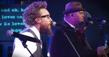 MercyMe And Crowder Sing Amazing Worship Medley At The Dove Awards
