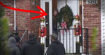 Carolers Can't Get People To Open Their Doors Until THIS!