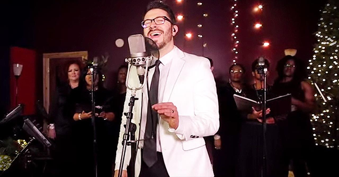 Danny Gokey STUNS With 'Mary, Did You Know' - Christian Music Videos