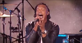 'God's Not Dead' – Live Newsboys Performance From Dove Awards