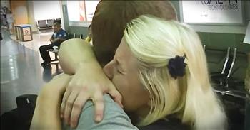 Mom Reunites With Son She Gave Up For Adoption 21 Years Ago