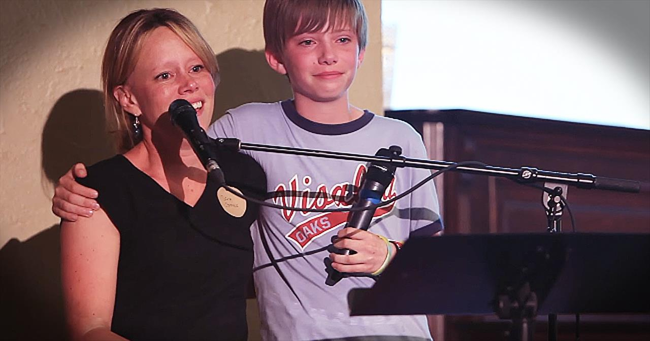 Sara Groves and Her Son Sing 'Wonderful World'