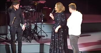 Singer Adele Brings 2 Talented Fans On Stage For 1 Epic Performance