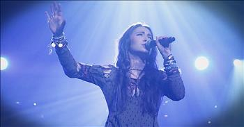 'How Can It Be' - Lauren Daigle Live From Winter Jam