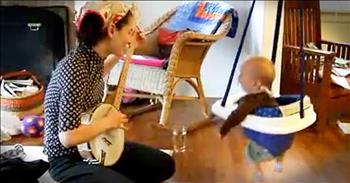 Banjo-Playing Momma Makes Baby SO Happy!