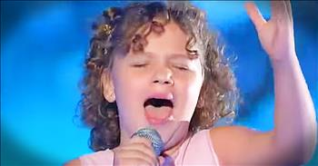 11-Year-Old Leaves Crowd Speechless With Romanian Song