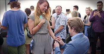Boyfriend Surprises Girlfriend With Beautiful NYC Proposal
