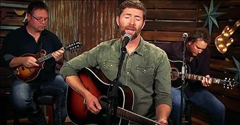 Country Singer Josh Turner Covers 'Three Wooden Crosses'
