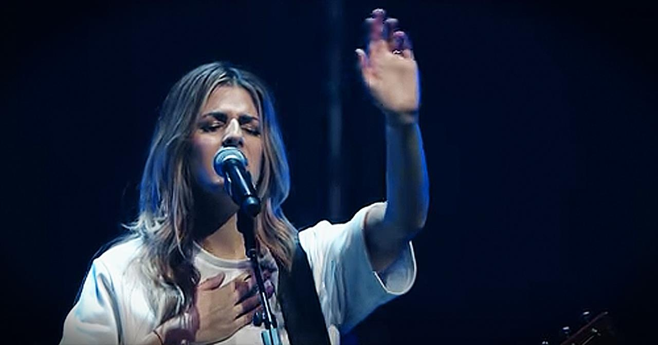 'Behold (Then Sings My Soul)' - Beautiful Worship From Hillsong United -  Christian Music Videos