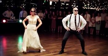 Father And Daughter Surprise Wedding Guests With Dance