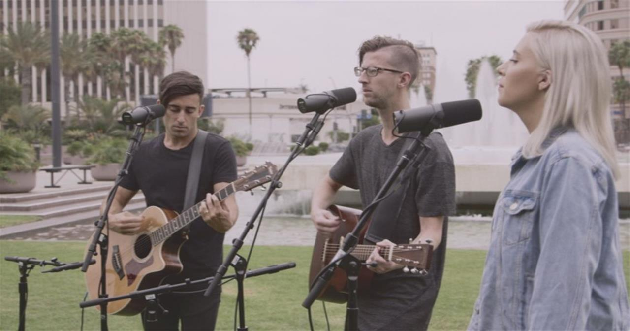Byran and Katie Torwalt Give Acoustic Performance of 'High Above' with Phil Wickham