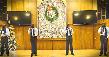 1 Man Sings All Harmonies For 'The First Noel'