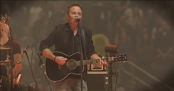 Passion Performance Of 'Good Good Father' From Chris Tomlin