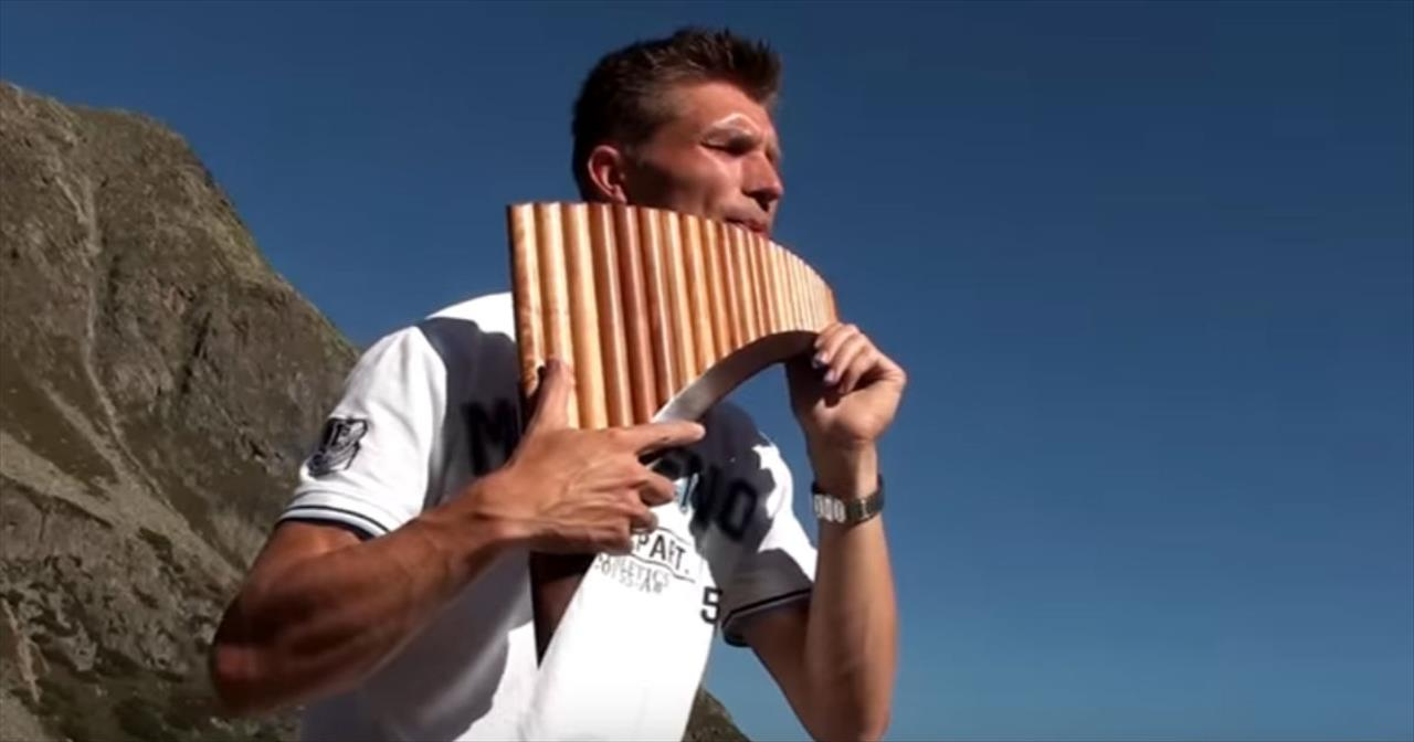 David Döring's Unbelievably Beautiful Pan flute Rendition Of 'Amazing  Grace' - Christian Music Videos
