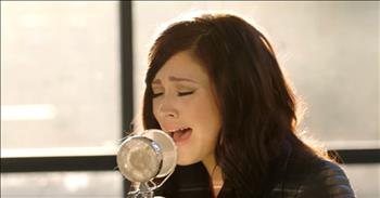Kari Jobe's Gorgeous Acoustic Performance Of 'Let Your Glory Fall'