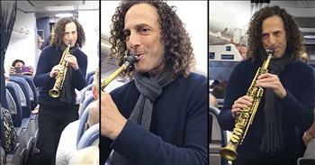 Kenny G Surprises Airplane Passengers With Serenade