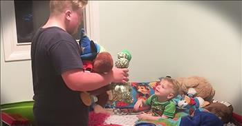 Big Brother Has Sweet Bedtime Routine With Little Brother