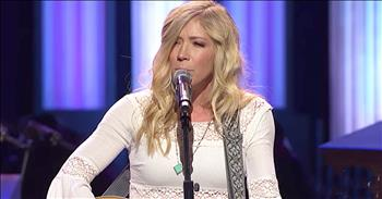 'Red Sea Road' - Ellie Holcomb At Grand Ole Opry