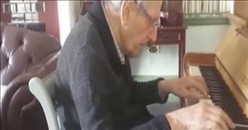 94-Year-Old With Dementia Plays Piano