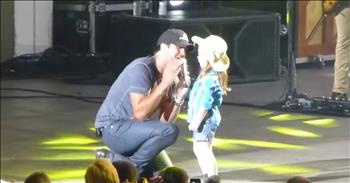 Luke Bryan And Little Cowgirl Sing On Stage Together